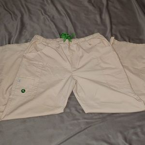 💲4💲 With Bundle of 3+ItemWomens Croc Scrub Pants